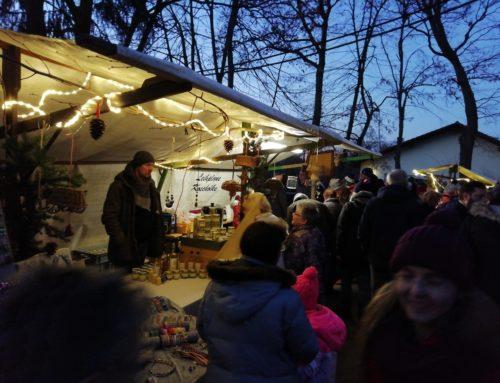 Mit dem Weihnachtsmarkt in den Advent